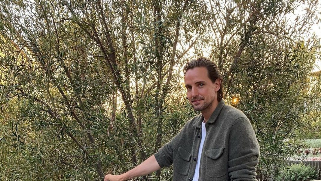 alexander gilkes net worth