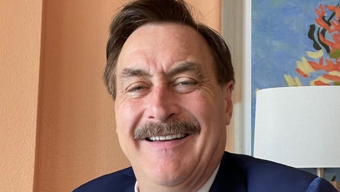 mike lindell net Worth
