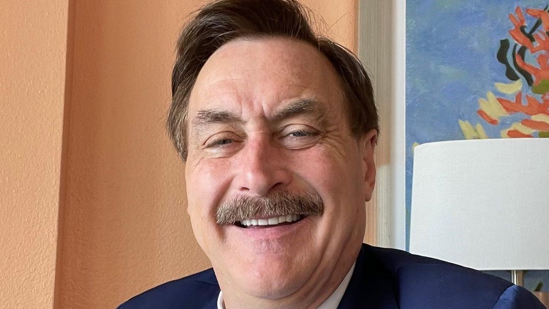 Mike Lindell Net Worth 17, Age, Height, Wife, and Children